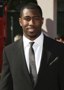 New York Jets football player Darrelle Revis arrives at the taping of the 2009 ESPY Awards in Los Angeles