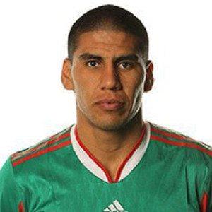 11.Carlos Salcido