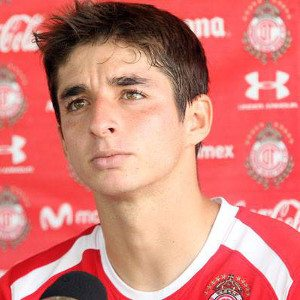 12.Isaac Brizuela