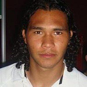 17.Carlos Peña