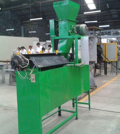 Máquina procesadora de unicel Reps01 (Foto: Renueva.)