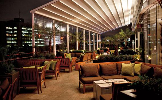 Terraza del hotel St. Regis