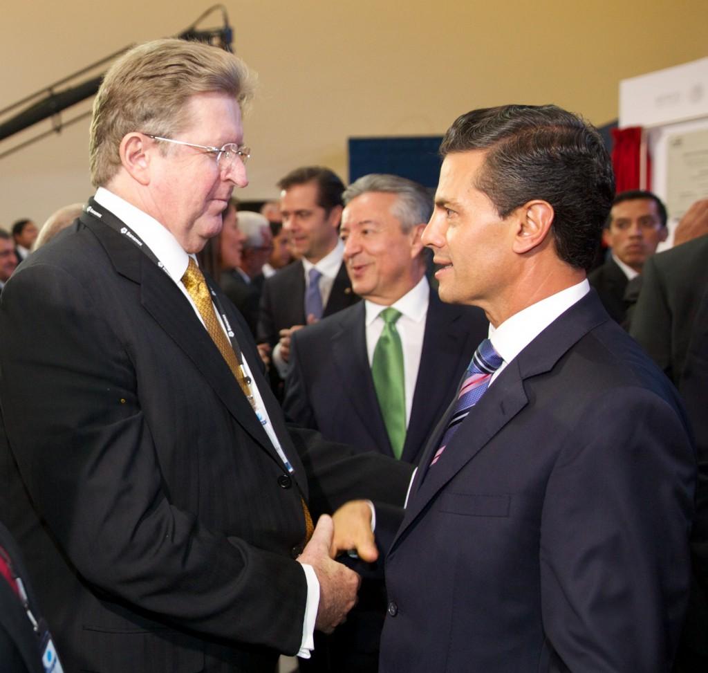 Germán Larrea y el presidente Enrique Peña Nieto. (Foto: Presidencia de la República)