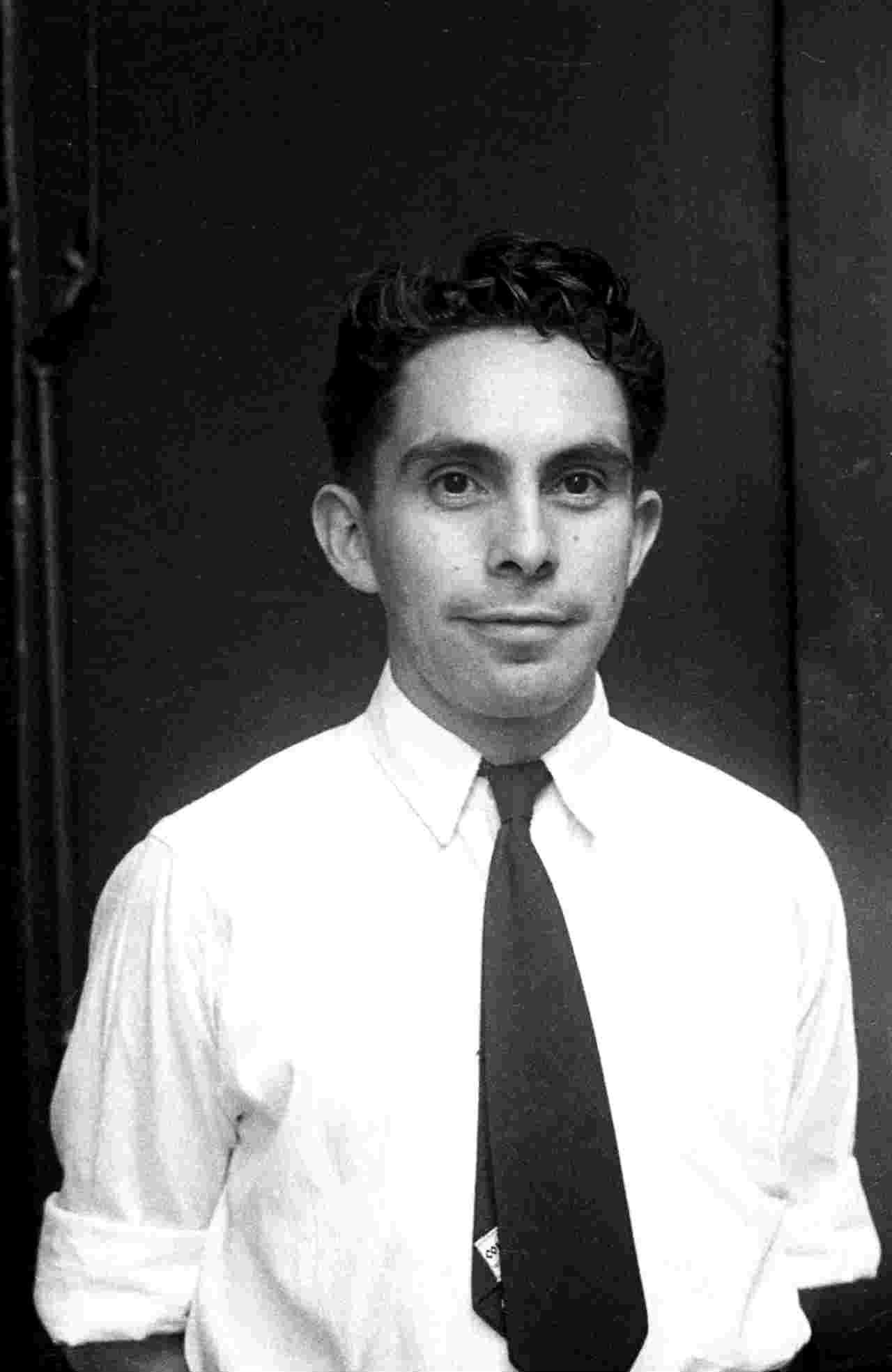 foto revueltas joven Archivo General de la Nacion fondo   Hermanos Mayo