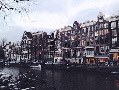 Travelocity-Amsterdam-3-2