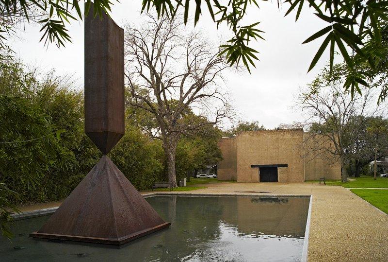 Rothko Broken Obelisk