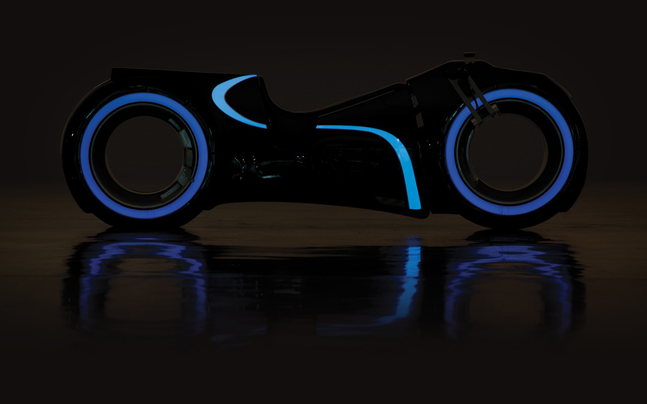 Tron Cycle noche