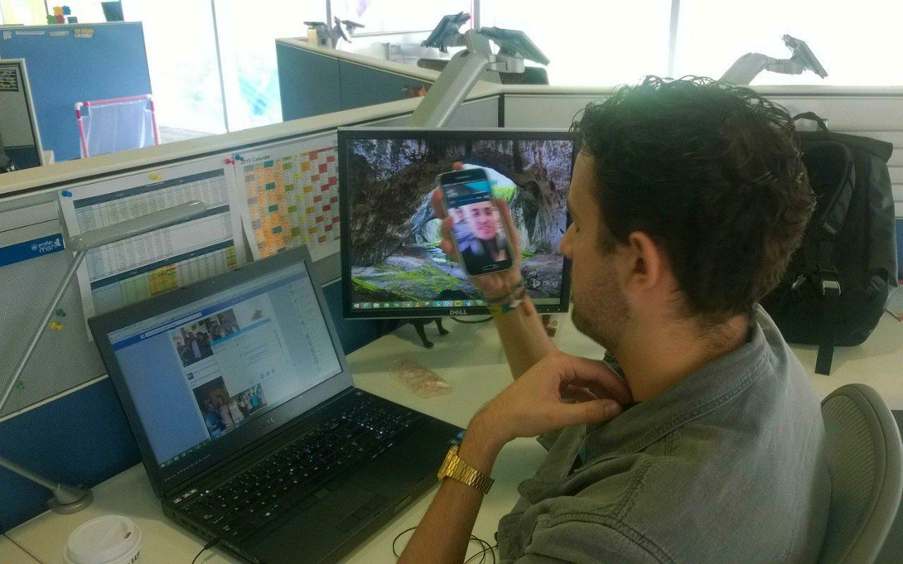 Usuario en México, con sistema operativo Android e iOS, utiliza el servicio de videollamadas de Messenger Facebook. (Foto: vía Nazifh Luna)