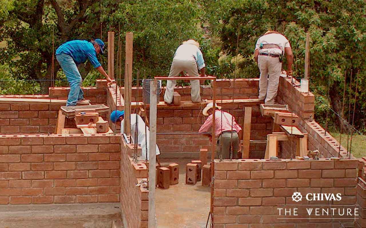 Construcción Échale a tu Casa con Adoblocks