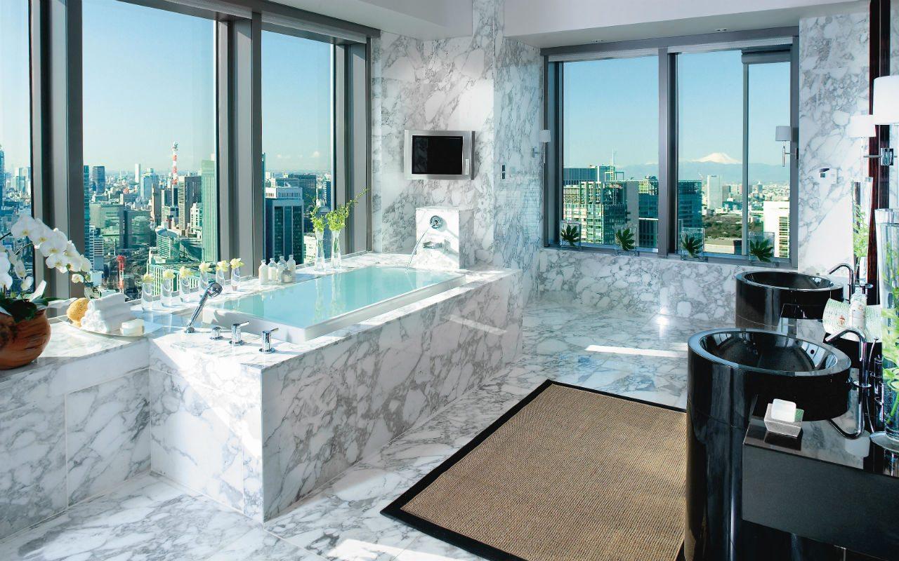 tokyo-suite-presidential-suite-bathroom-01