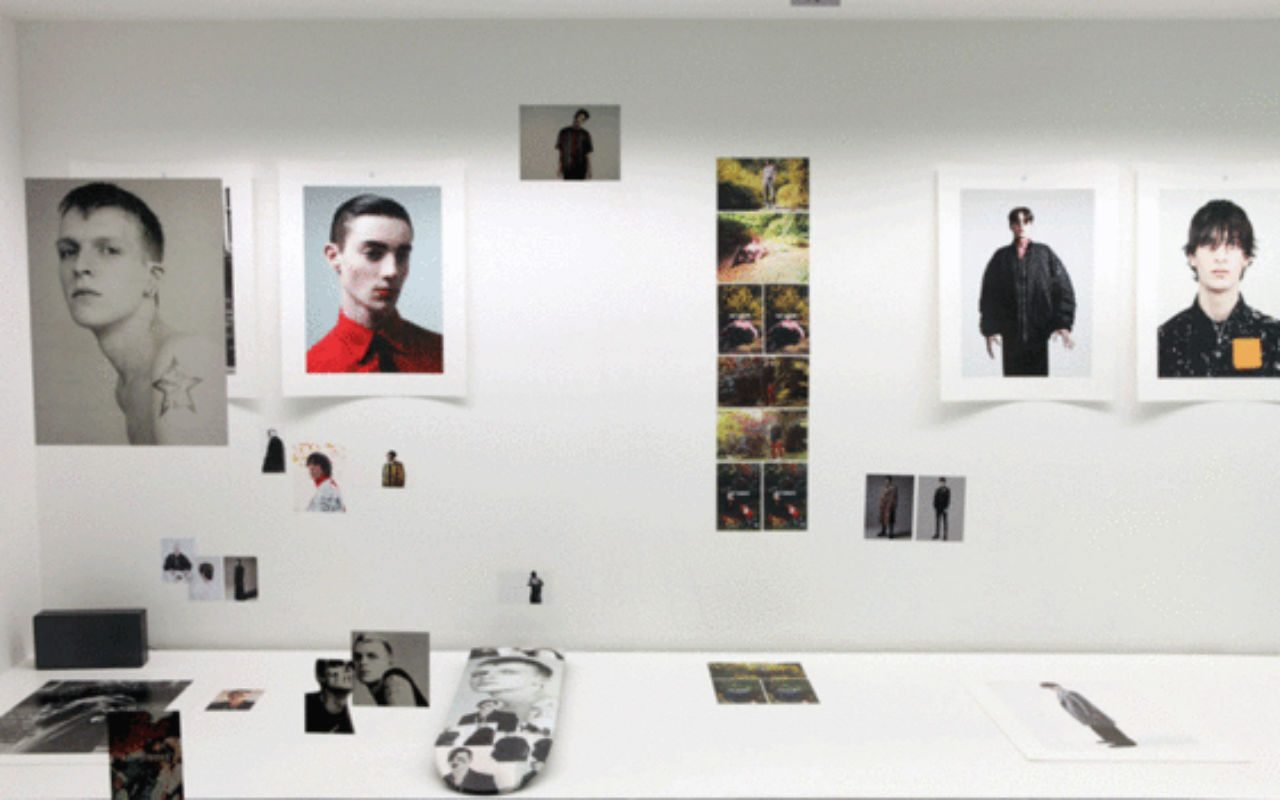 o-willy-vanderperre-raf-simons-exhibition-at-032c-workshop-10
