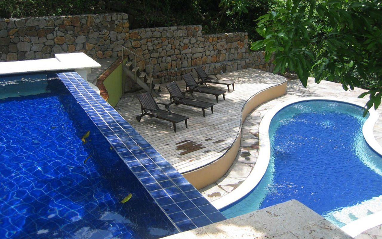 Las Flores Resort3