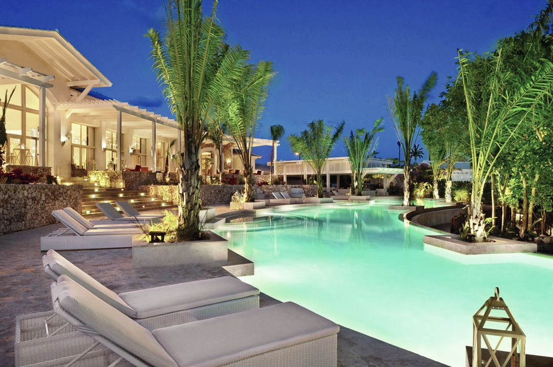 large_Eden_Roc_main_Resort_Pool