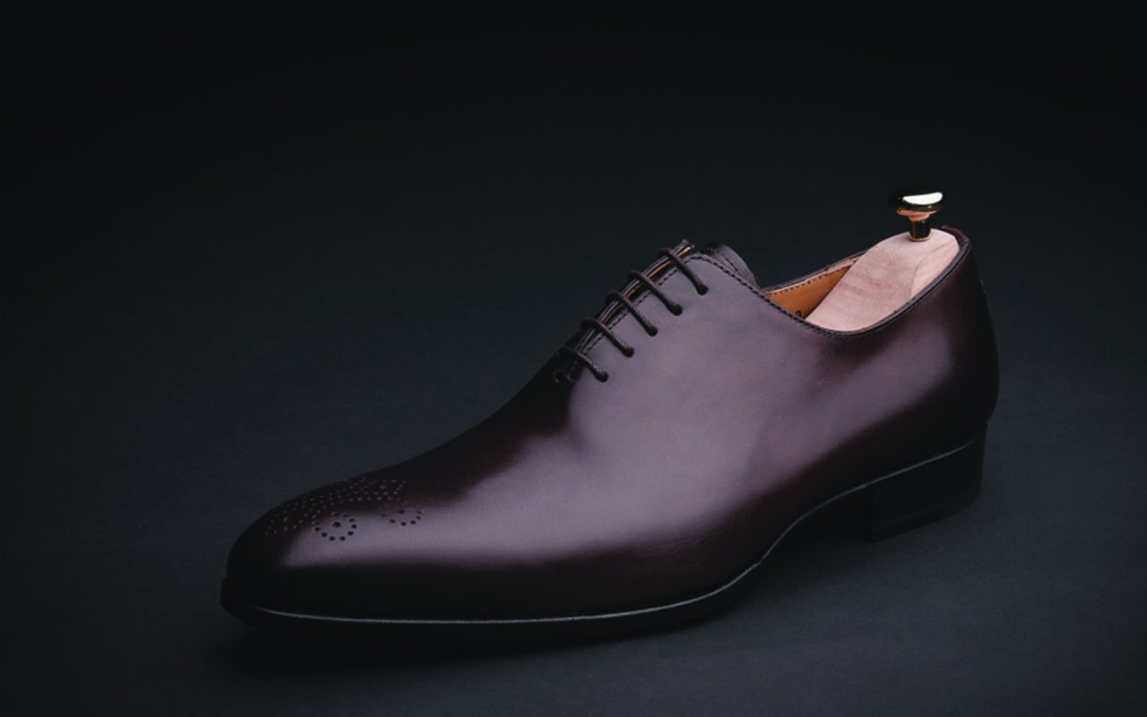 02 luxury-mens-brown-dress-shoes