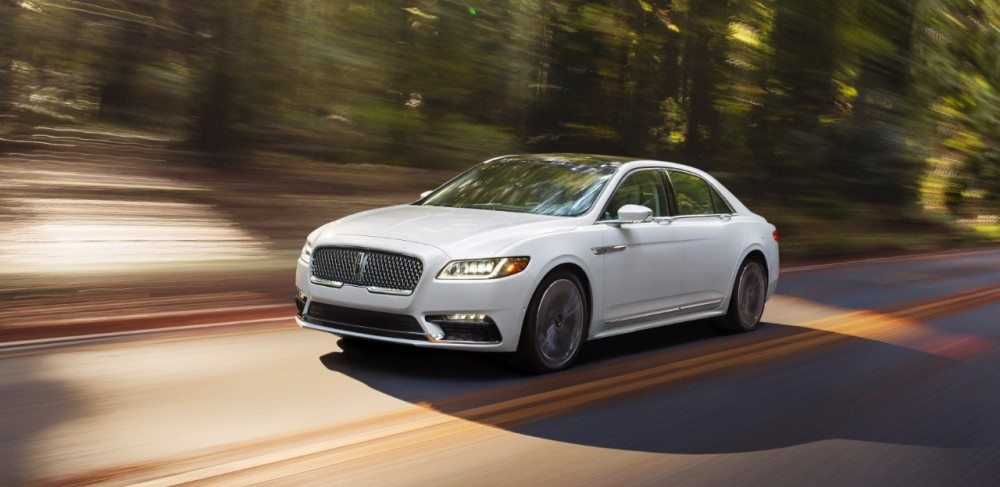 17LincolnContinental_01_HR