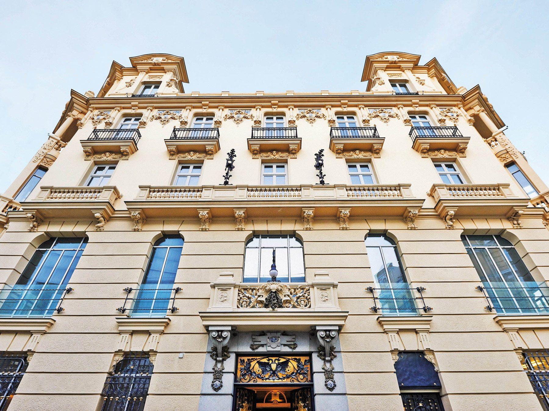 urso_hotel_spa__fachada_3_low_1436947353