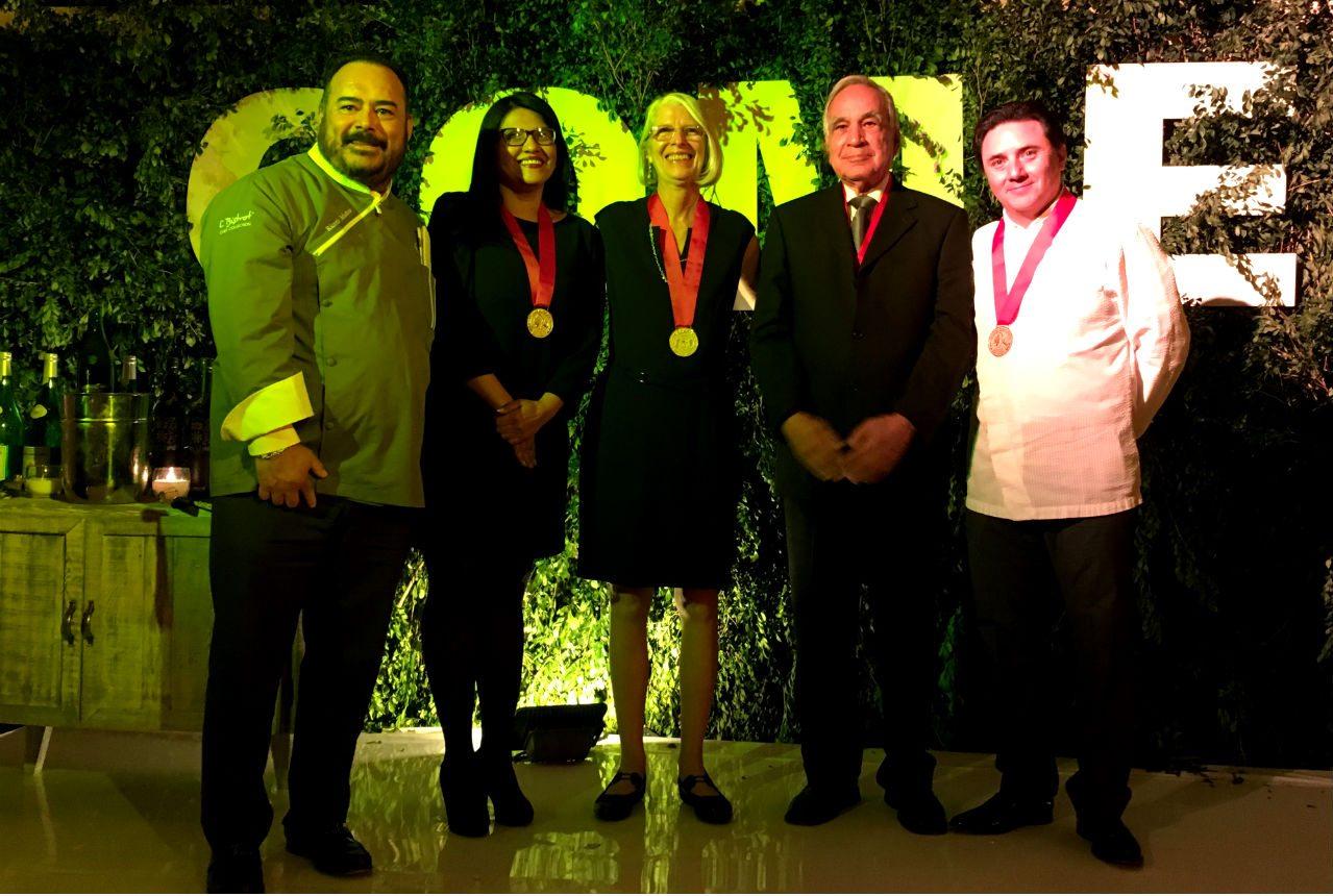 Ricardo Muñoz Zurita, Verónica Rico, Cristina Barros, Marco Buenrostro, Federico López.