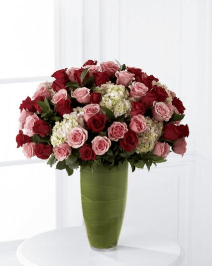 Arreglo de flores Indulgent de Florería Paola