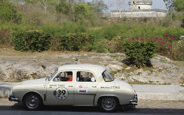 Los participantes deberán contar con un auto de más de 40 años de antigüedad