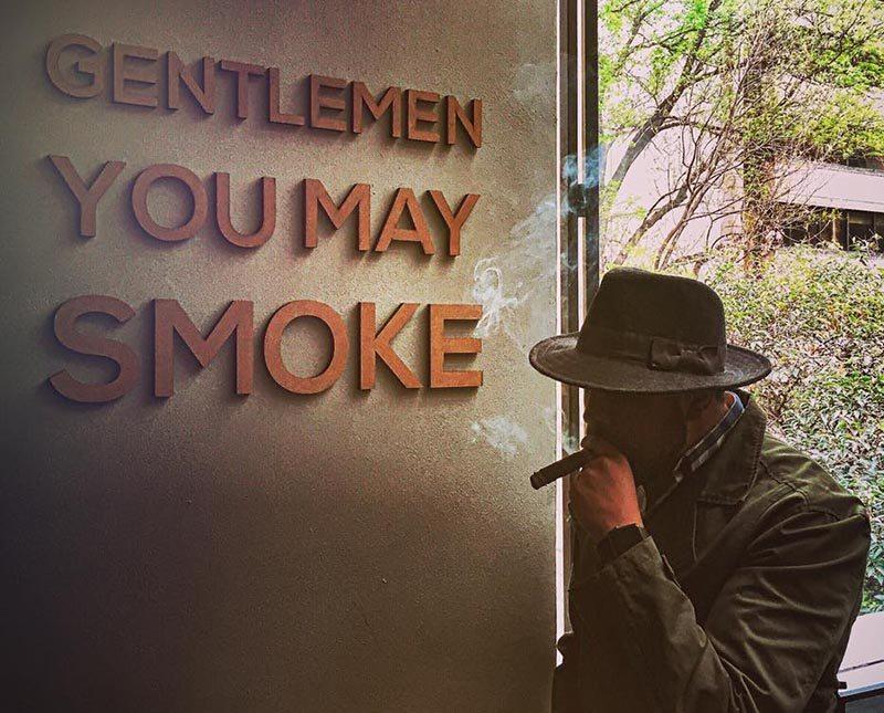 CigarBar*
