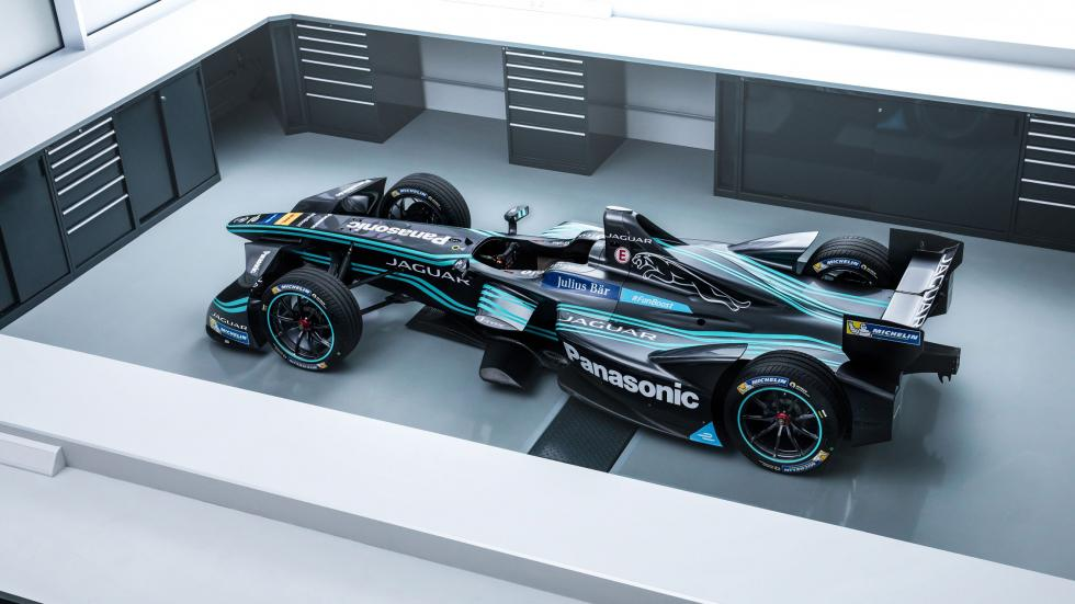 panasonic-jaguar-racing-i-type-aerial