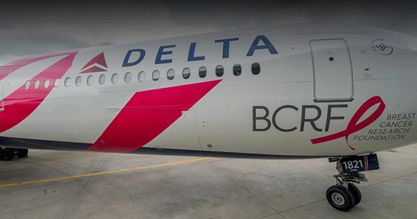 Avión Breast Cancer One de Delta.