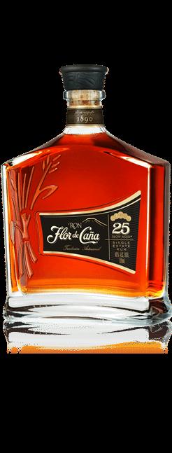 Botella del veinticinco Centenario del ron Flor de Caña.