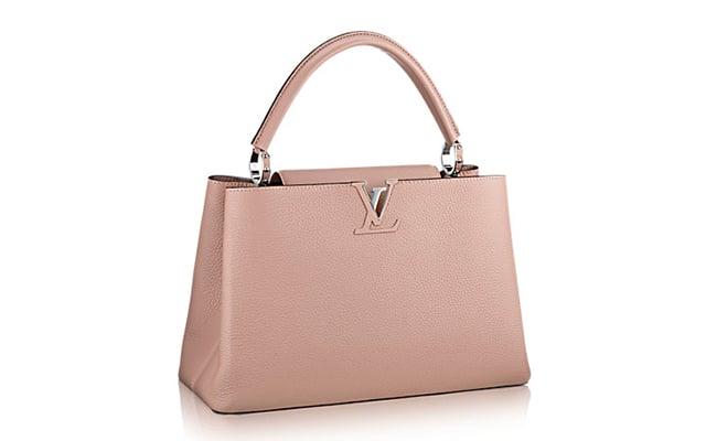 Bolsa Capuncines de tamaño MM de la maison francesa Louis Vuitton.