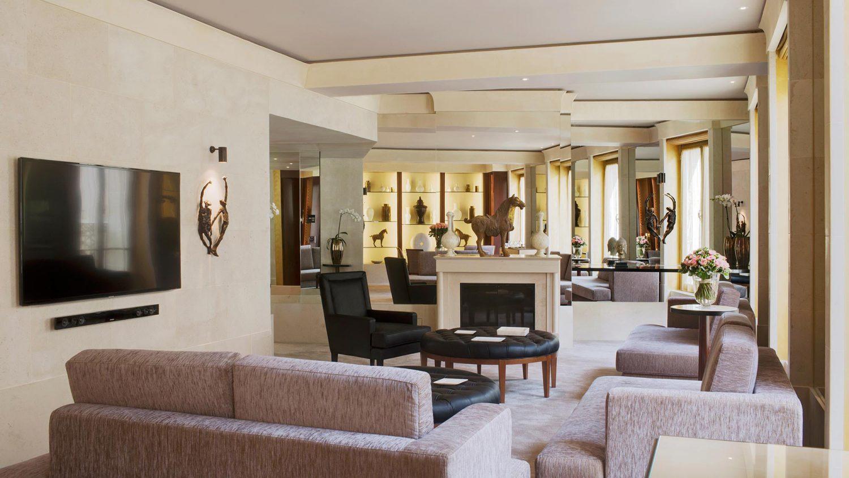 imperial-suite-park-hyatt-paris-vendome