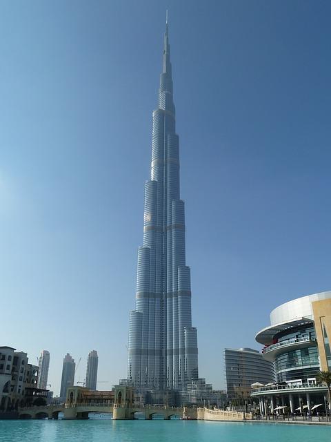 burj-khalifa-1096446_640