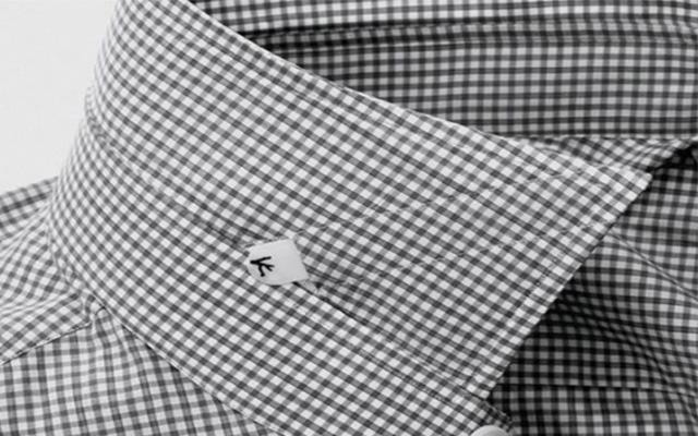 Las camisas no deben de perder el patrón de diseño, del cuello a los hombros y de éstos al brazo.