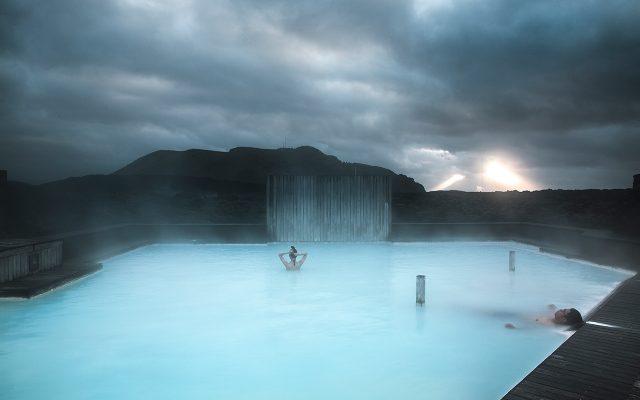 El hotel estará a 10 minutos caminando de la laguna, y tendrá espacios de la laguna privados.