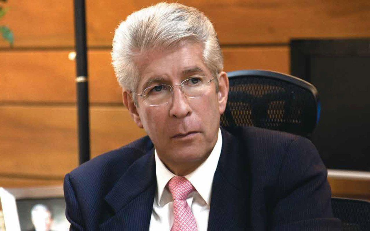 Aceptar propuesta de Rivada sí hubiera sido un escándalo, responde SCT