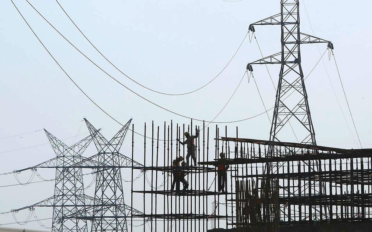Precios de luz subirán hasta 17% en marzo