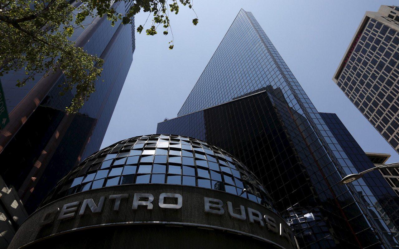 Súper dólar no afectará salida de empresas a bolsa: AMIB