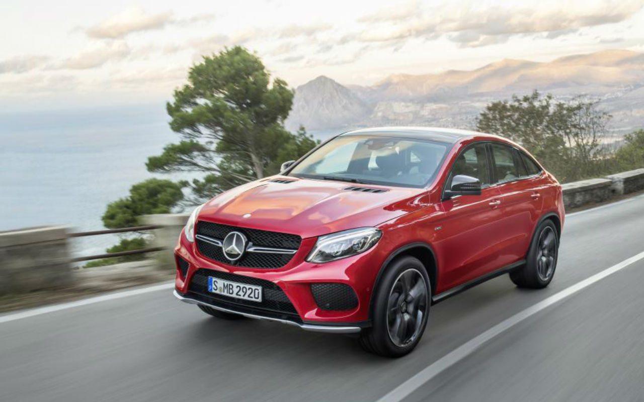 Mercedes-Benz le planta cara a la competencia con una todoterreno