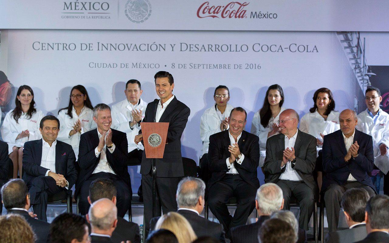 Peña Nieto hace pública su afición por la Coca Cola Light