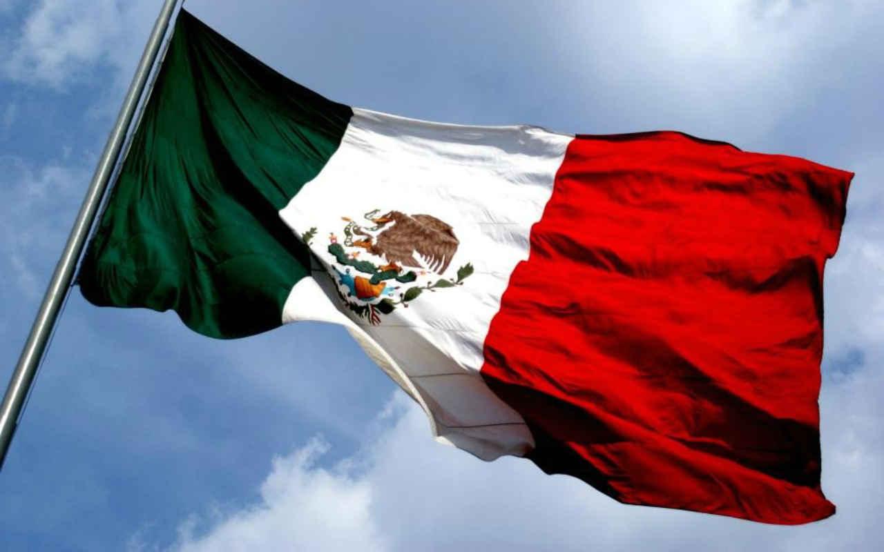 Convocan a marcha para defender a México de Trump