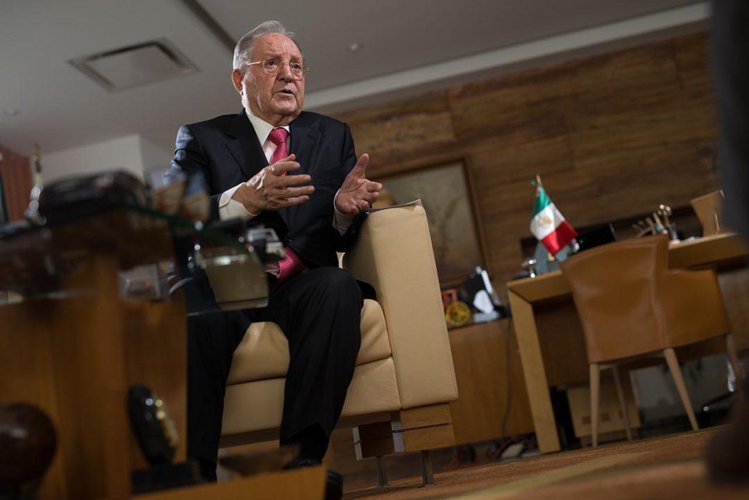 Olegario Vázquez Raña, los secretos de un millonario.