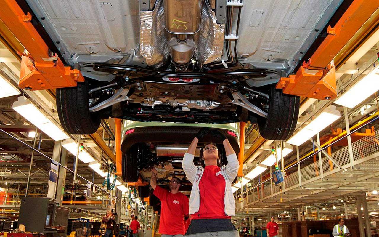 Fiat Chrysler exportó 4,000 autos mexicanos menos durante 2016