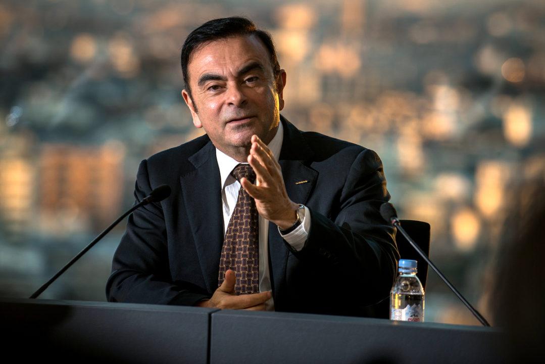 Carlos Ghosn renuncia como CEO de Nissan