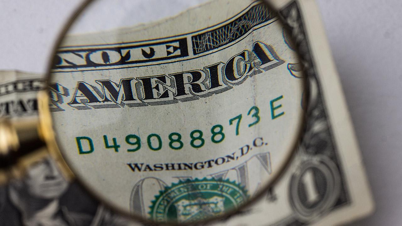 Dólar sigue avanzando por posible alza en tasa de la Fed